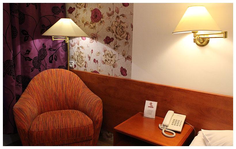single room hotel a1 - Single Wall Hotel 2015